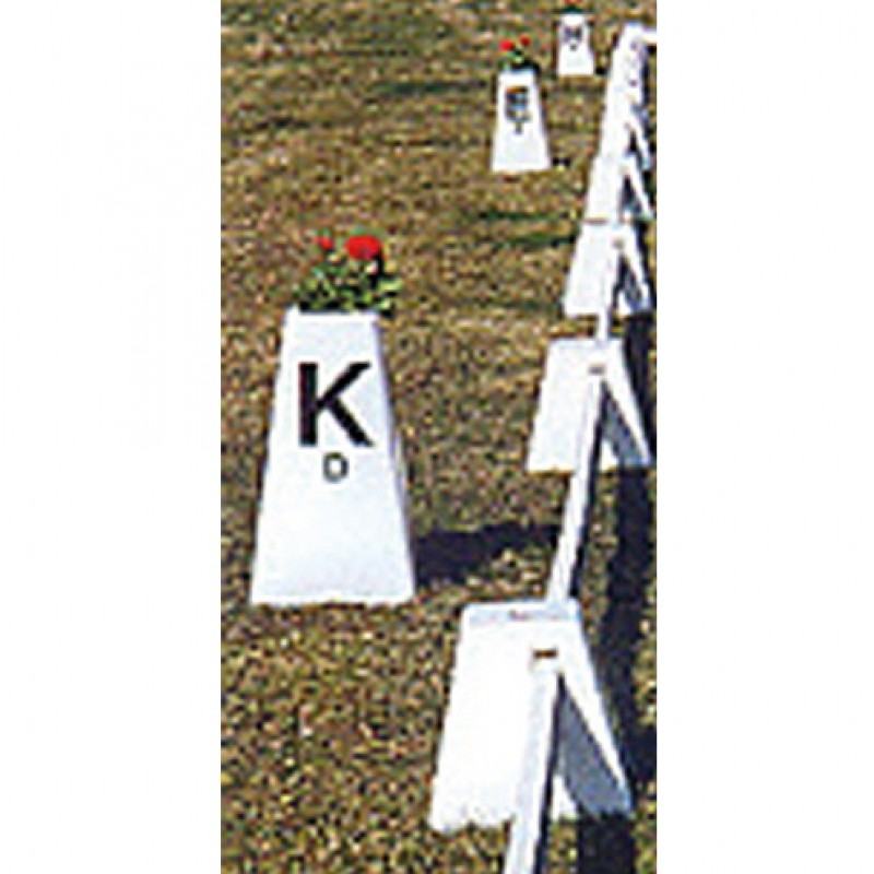 Letterkegels groot voor dressuurarena 20x60 meter Lehhmann (12 stuks)