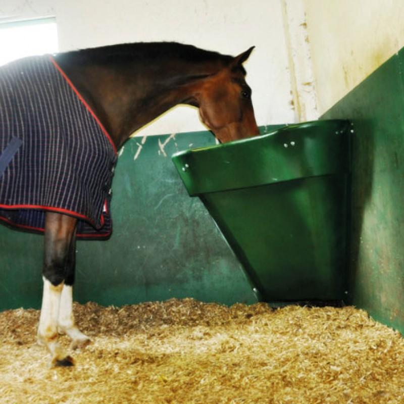 Mangeoire à coin 3-en-1 pour chevaux avec 2 porte-seau interne